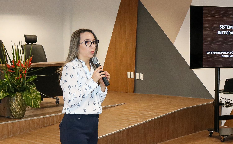 Chefe de gabinete da PGJ, Cléia Cristina
